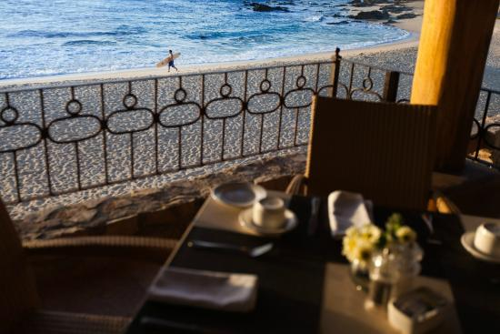 Cabo Surf Hotel: Beach view from table