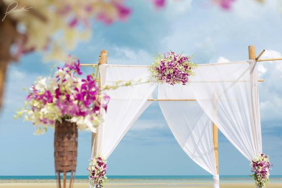 Laem Set, Tailandia: Beach wedding