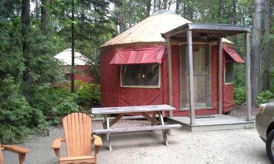 Wagon Trail Campground: Yurt