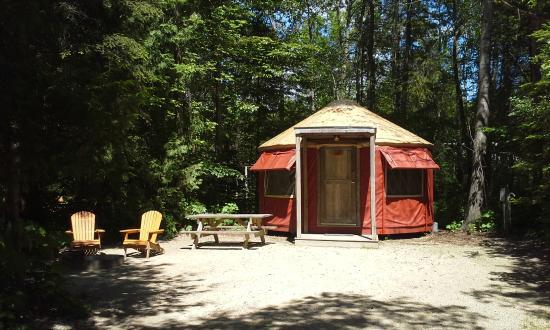 Wagon Trail Campground: Yurt