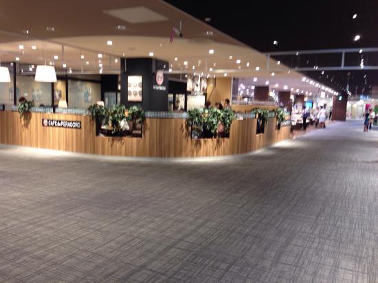 Aeon Yumiru Kamatori Shopping Center