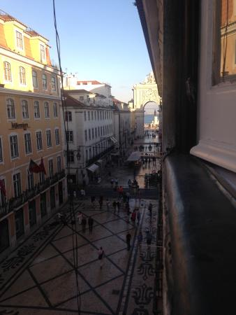 Travellers House: View from 3rd floor dorm room on Rua Augusta (pedestrian street)
