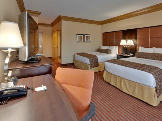 La Quinta Inn & Suites Dublin - Pleasanton: Guest room