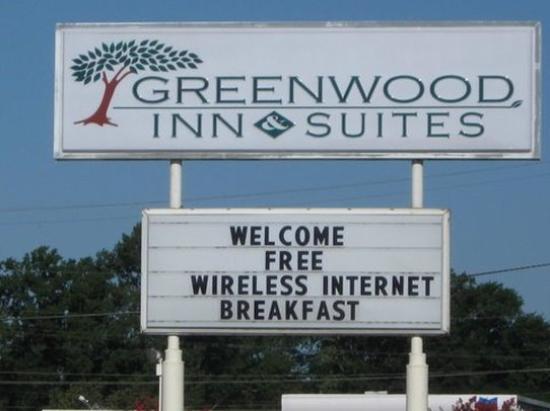 Greenwood Inn & Suites: IMG