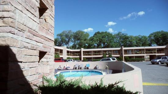 Garrett's Desert Inn: Exterior view