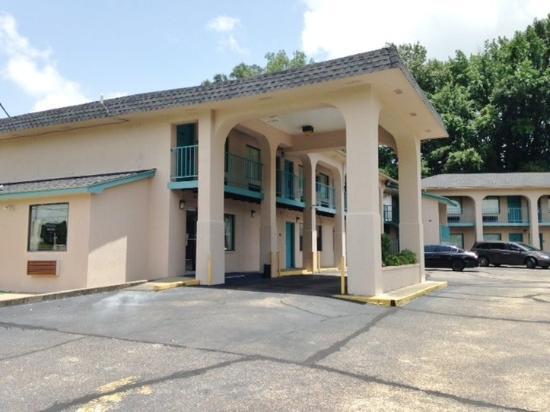Best Inn - Vicksburg