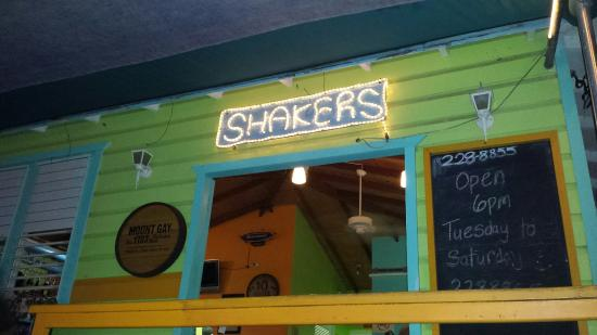 Shakers Bar & Grill