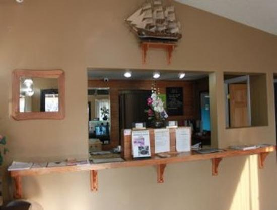 Knights Inn Indianapolis Airport South: Front Desk