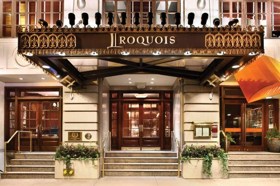 The Iroquois New York: Hotel Entrance