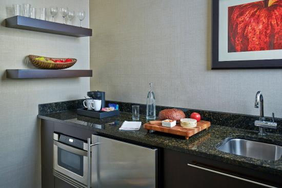 shelburne nyc urban kitchen in deluxe suites picture of