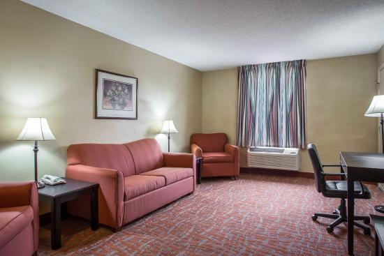 Hotel Rooms In Monroe Nc