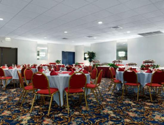 Ramada Watertown: Meeting Room