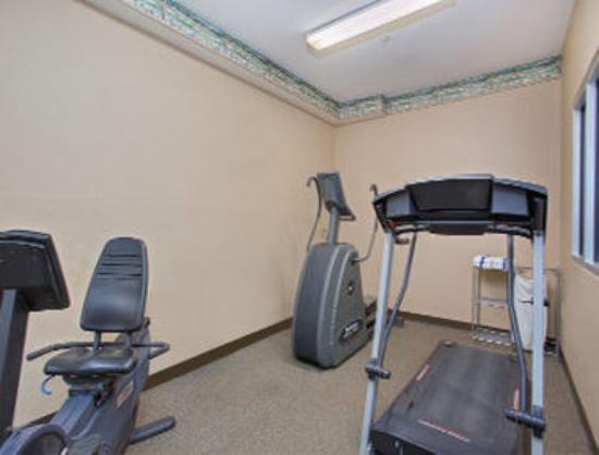 Ramada Sellersburg/Louisville North : Fitness Center