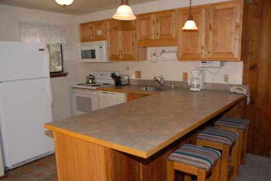 Destinations West at Beaver Village Condominiums: Kitchen Area