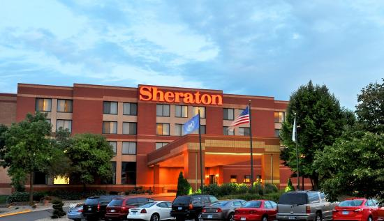 Sheraton Minneapolis West Hotel