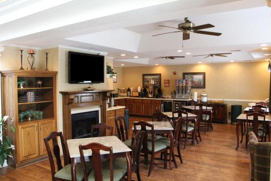 Jameson Inn Wilmington: Dining and Breakfast Area