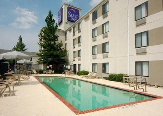 Sleep Inn Arlington Near Six Flags: Pool