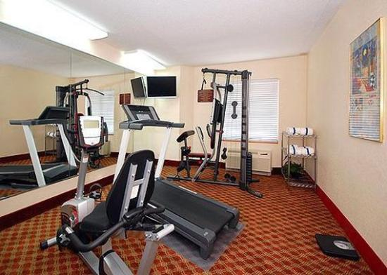 Sleep Inn Airport Kansas City: Health Club -OpenTravel Alliance - Health Club-