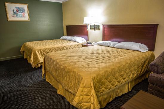 Rodeway Inn & Suites: NCSnqq