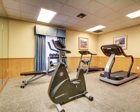 Howard Johnson Hattiesburg : Fitness Center
