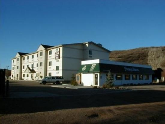 Oak Tree Inn - Yampa : Exterior view