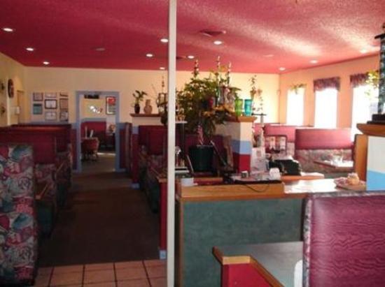 Sunnyside, WA: Lobby view