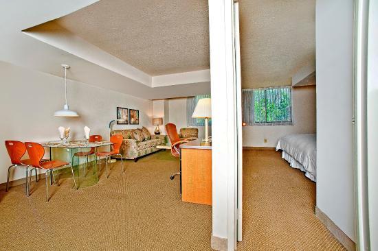 Georgetown Suites: one bedroom suite