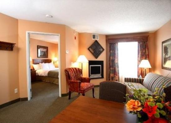 GrandStay Residential Suites Hotel Oxnard: Guest room