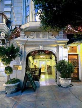 Nob Hill Hotel: Exterior