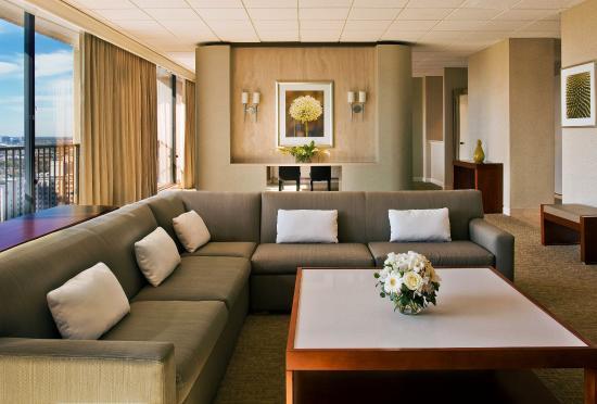 Westin Galleria Houston Hotel: Presidential Luxury Suite