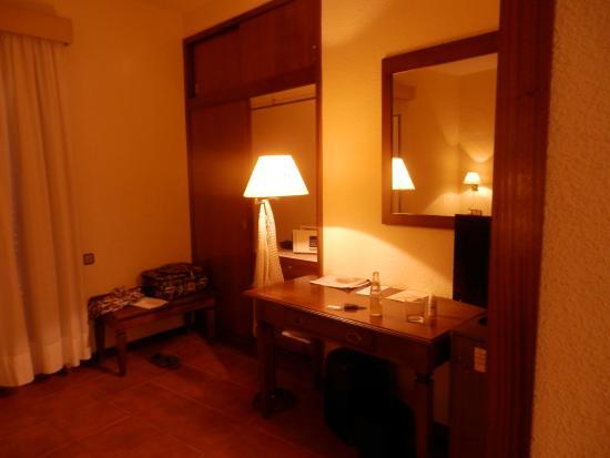 Hotel Montepiedra: room