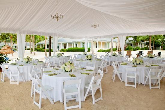 Sunset Key Cottages: Sunset Key Deluxe Cottage Wedding
