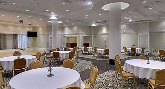 Ballroom Picture Of Wyndham Garden Baronne Plaza New Orleans New Orleans Tripadvisor