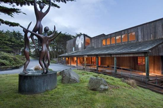 Sea Ranch Lodge: Exterior view
