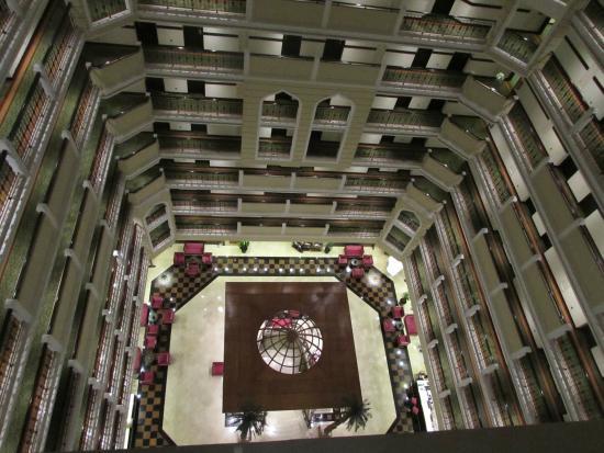 Crowne Plaza Hotel Antalya: room