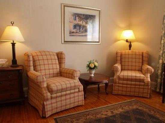 Cobourg, Canadá: Cottage Superior Room