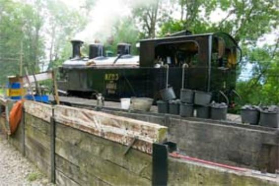 Railway Museum Blonay-Chamby : Schmalspurdampflok wir aufgeheizt
