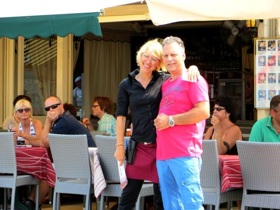 Tropical ristorante & Pizzaria : Eigenaresse Gitte