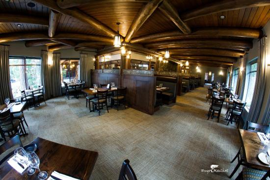 Tigh-Na-Mara Resort: Restaurant
