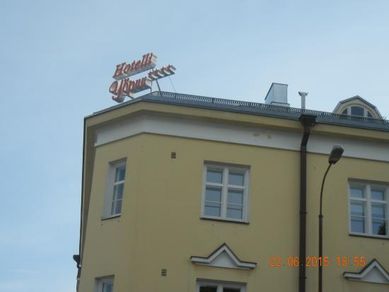 Hotel Yopuu : Pic of Hotel -Outside