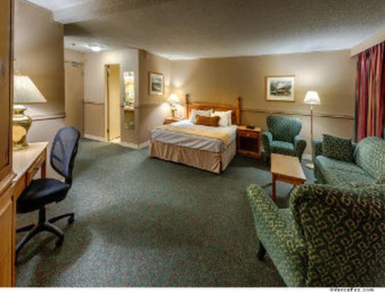 Photo of Cresta Sprayview Hotel Victoria Falls