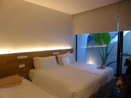 Lloyd's Inn: Garden Room mit Zustellbett
