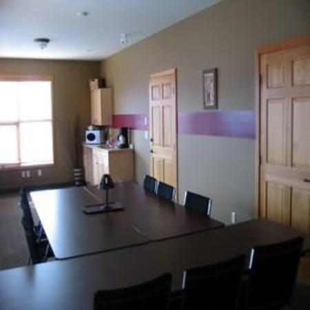 Canadian Rockies Chalets: Conference Room