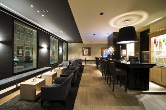 Flanders Hotel: Barazar Hotel Bar