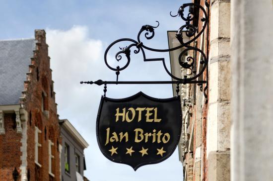 Hotel Jan Brito: Exterior