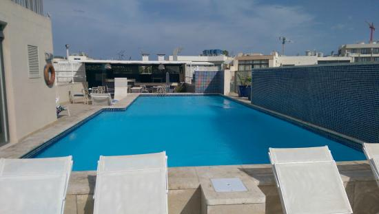 Hotel Juliani: Rooftop pool & Bar