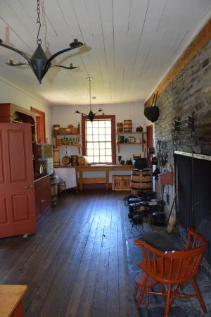 Grand Portage, MN: Kitchen