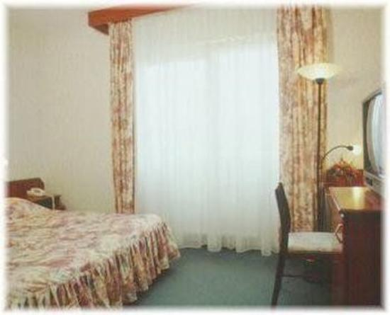 Hotel Classic: Guest Room