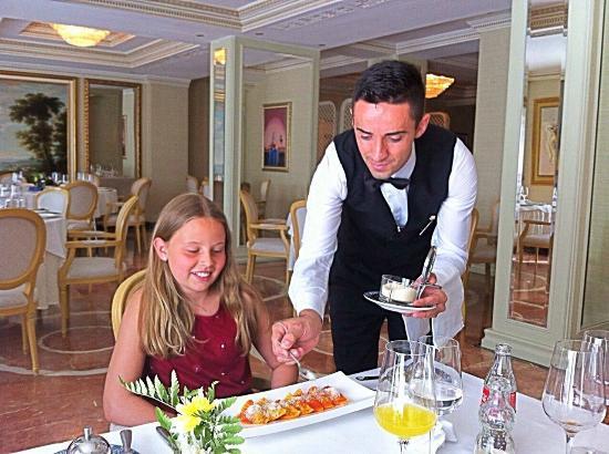 Swiss Diamond Hotel Prishtina: Solemn treatment :-)