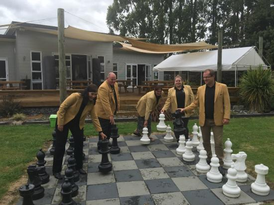 River Restaurant and Vineyard: Chess Anyone
